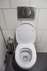 fuite d'eau toilette Paris 20